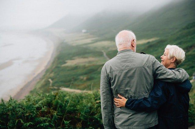 Manželský pár vo vyššom veku